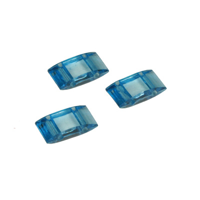 ACAR 45T - 2-hole acrylic carrier beads - turquoise blue transparent