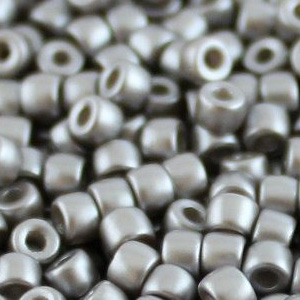 SBP8-343 - Matubo Czech size 8 seed beads - pastel light grey/silver